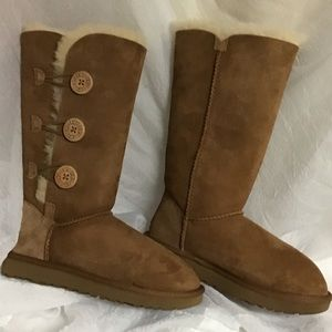 Brand: Ugg ugg boots size 7